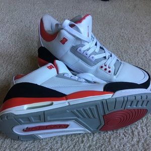 Jordan 3(used with no box)